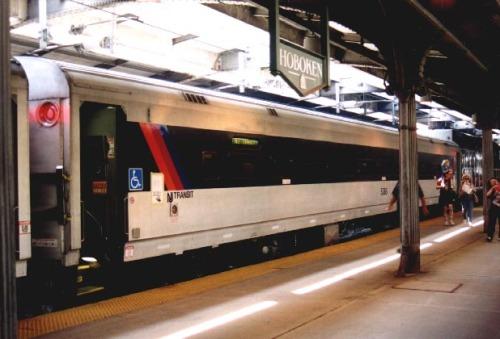 You riiiiidin' on the train ha?! (c) Juvey